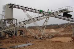 HAVER & BOECKER Urządzenia (przenośniki taśmowe, kosze zasypowe, odwadniacze i konstrukcje wsporcze przesiewaczy) dla ośmiu linii produkcji kruszyw naturalnych na Litwie